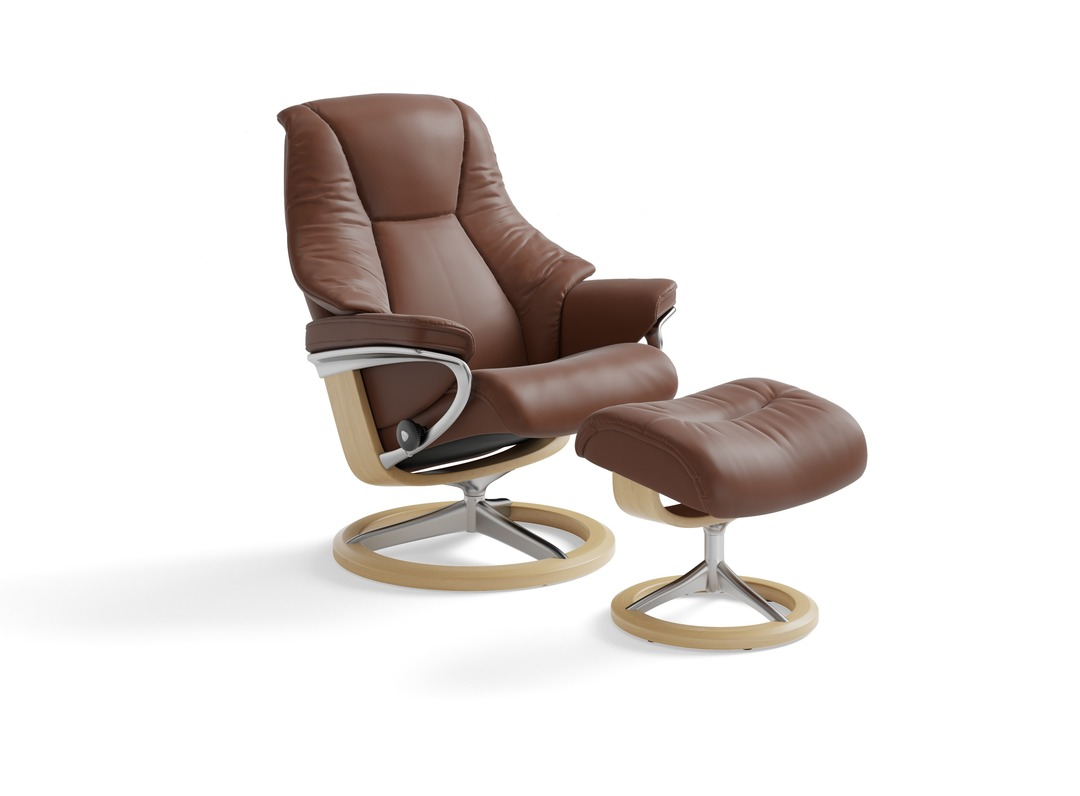 Stressless 174 Live Leather Recliner Signature Base